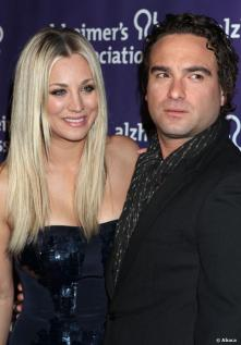 kaley cuoco johnny galecki relatie